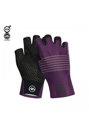 purple riding gloves