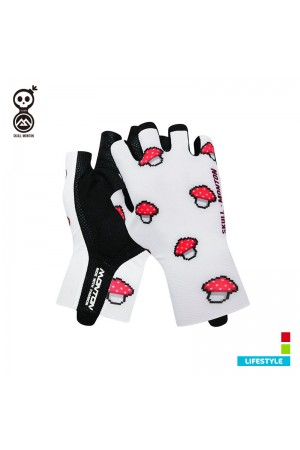 functional cycling gloves
