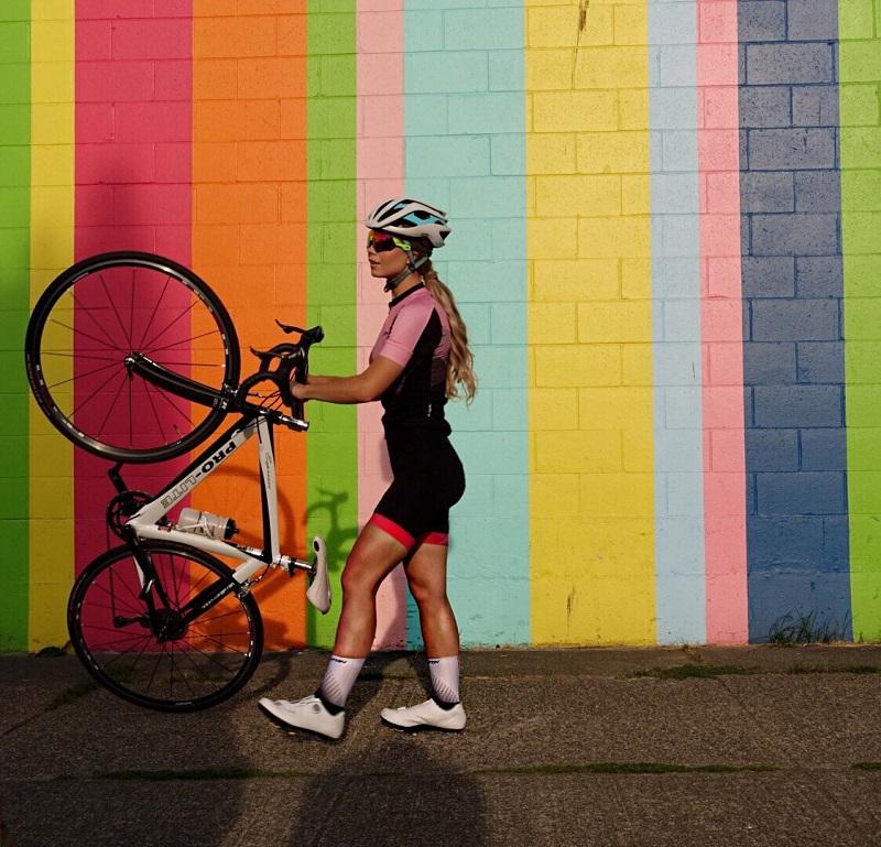 womens cycling tops