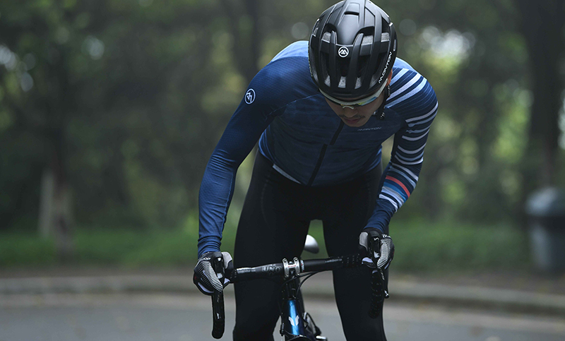 Long sleeve bicycle jersey
