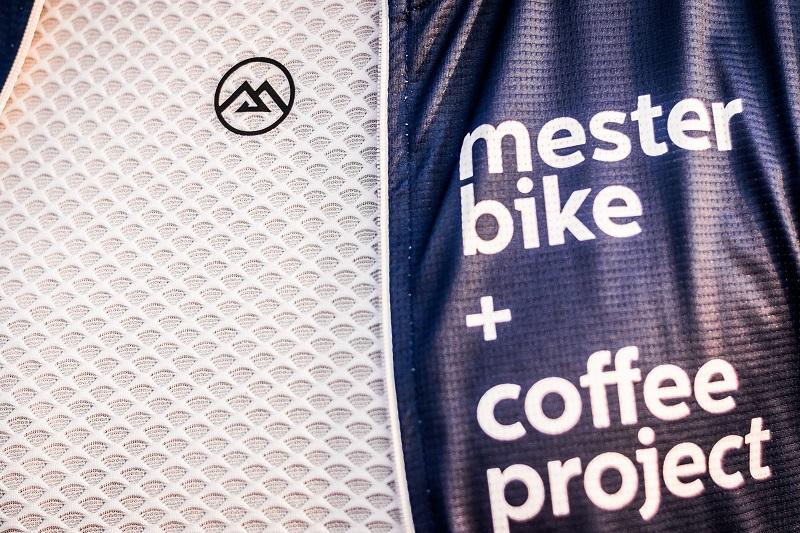 cycling mesh base layer