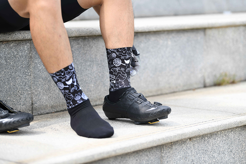 short cycling socks