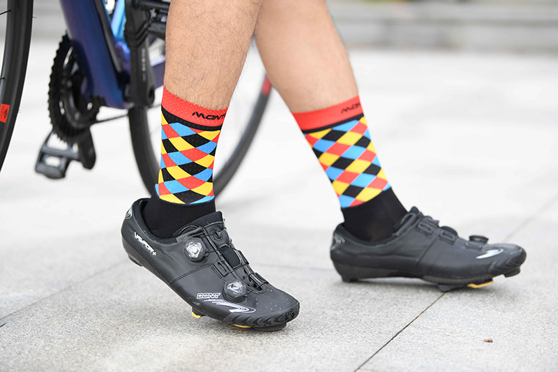 short cycling socks