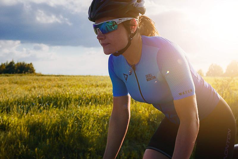 women's biking apparel