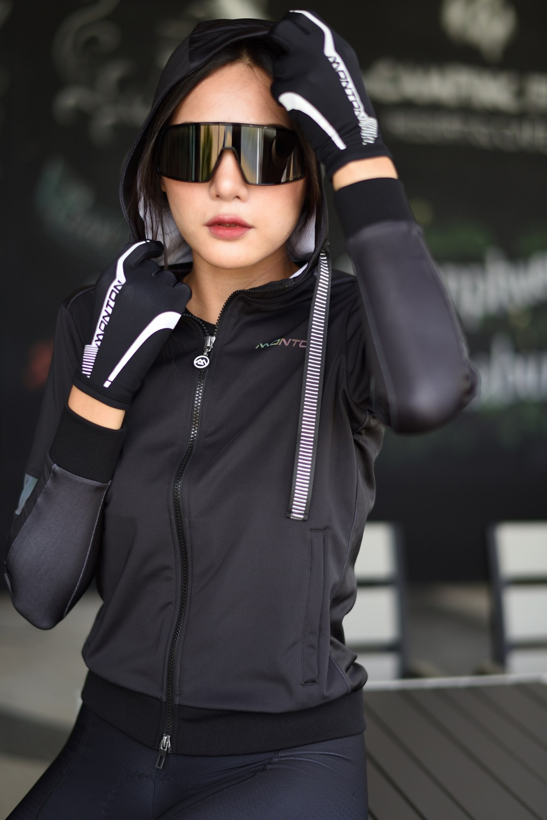 women's commuter cycling clothing