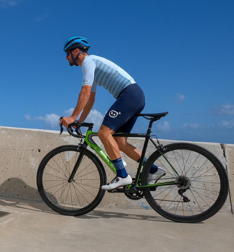 cycling jersey and bib shorts set