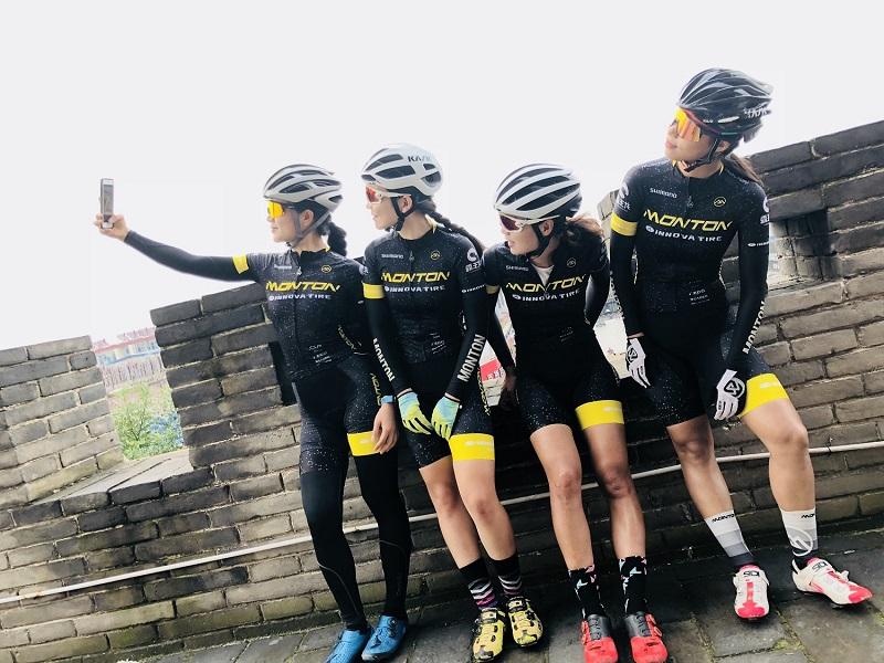 custom team cycling jerseys