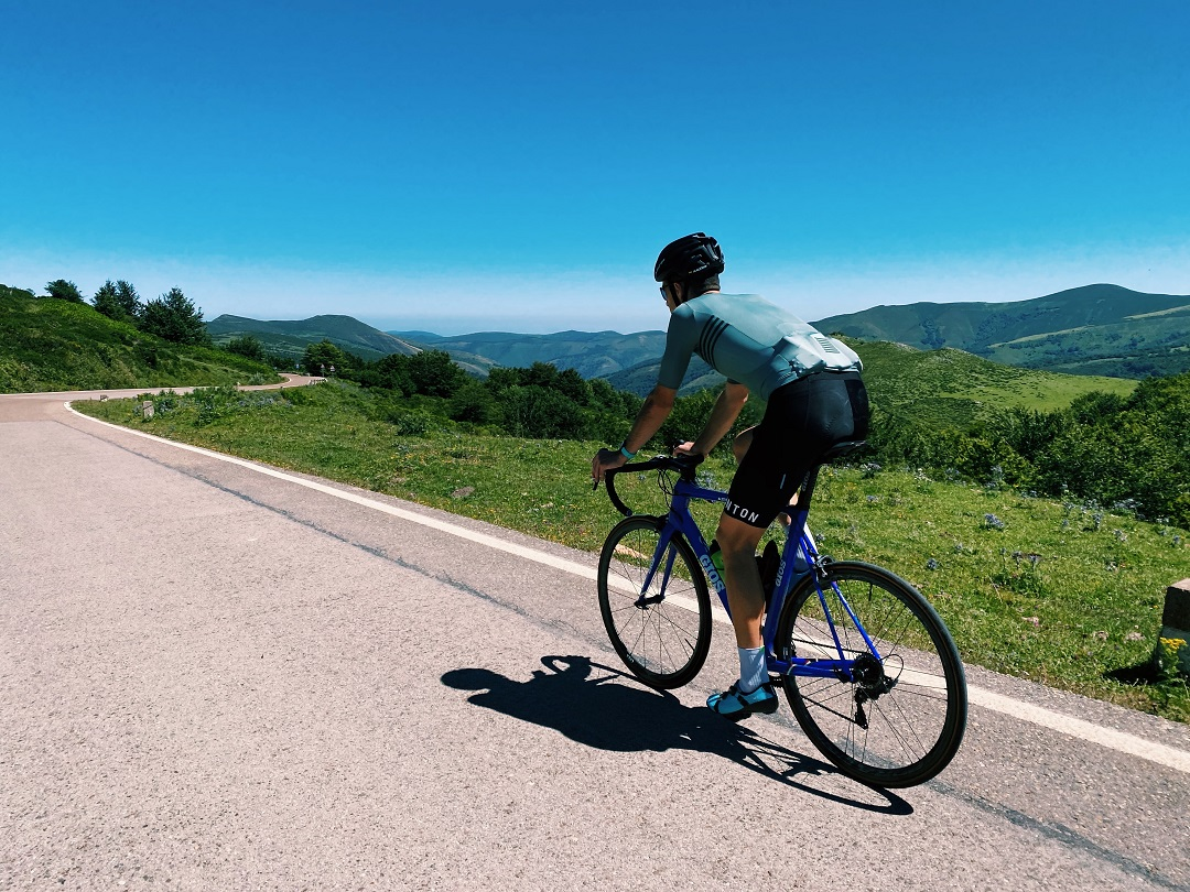 summer cycling tops