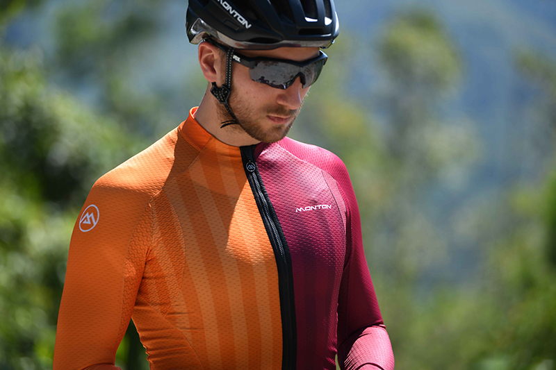 Long sleeve cycling top