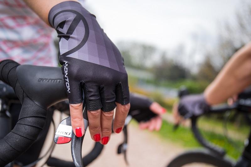 buy bike gloves