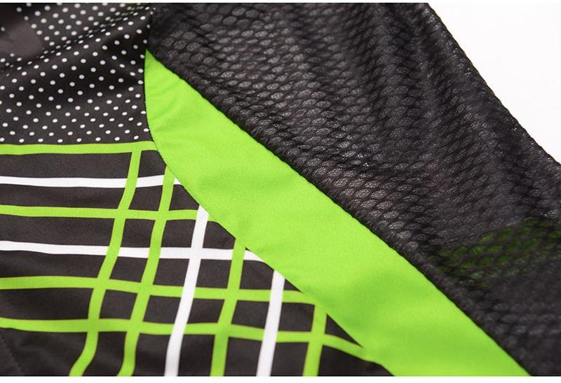 cycling vest details