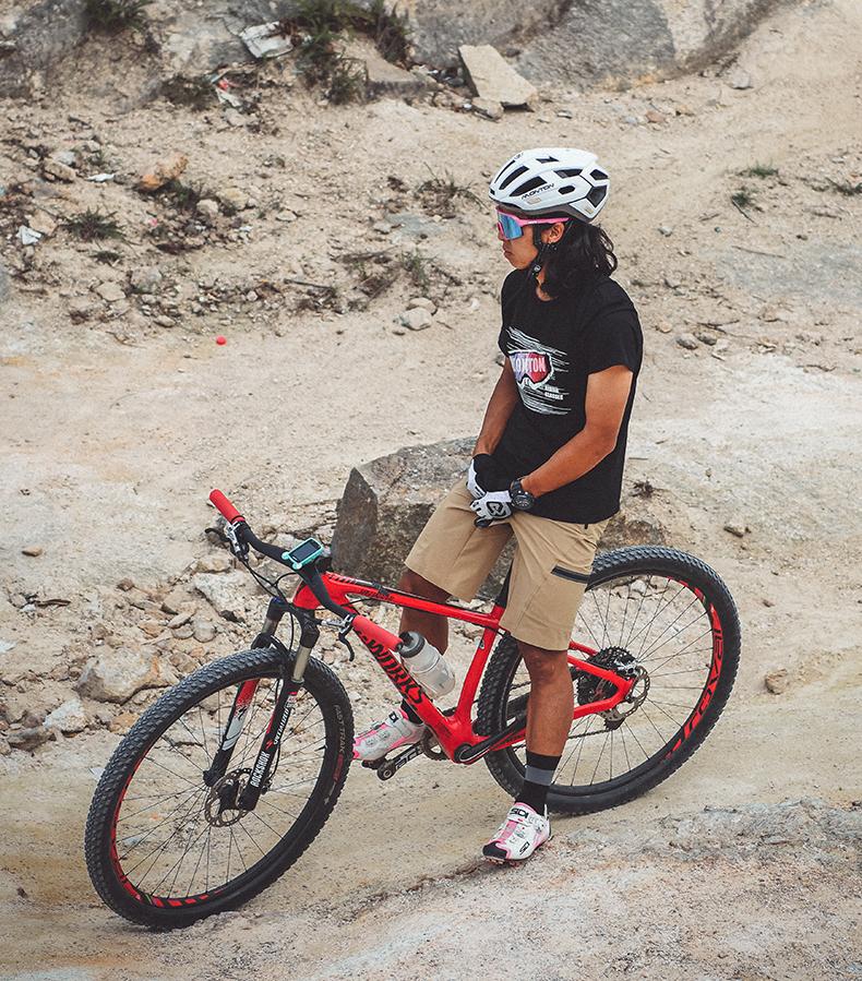 baggy cycling shorts