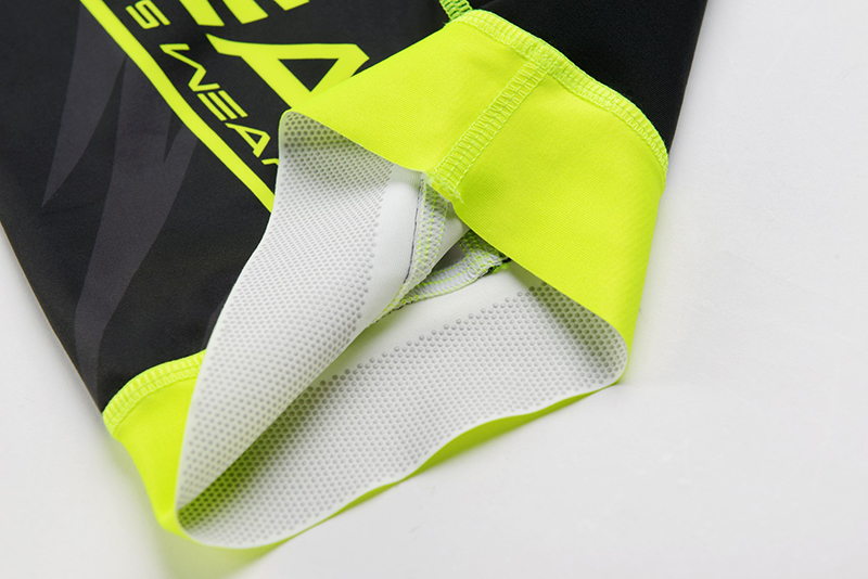 cycling skinsuit details