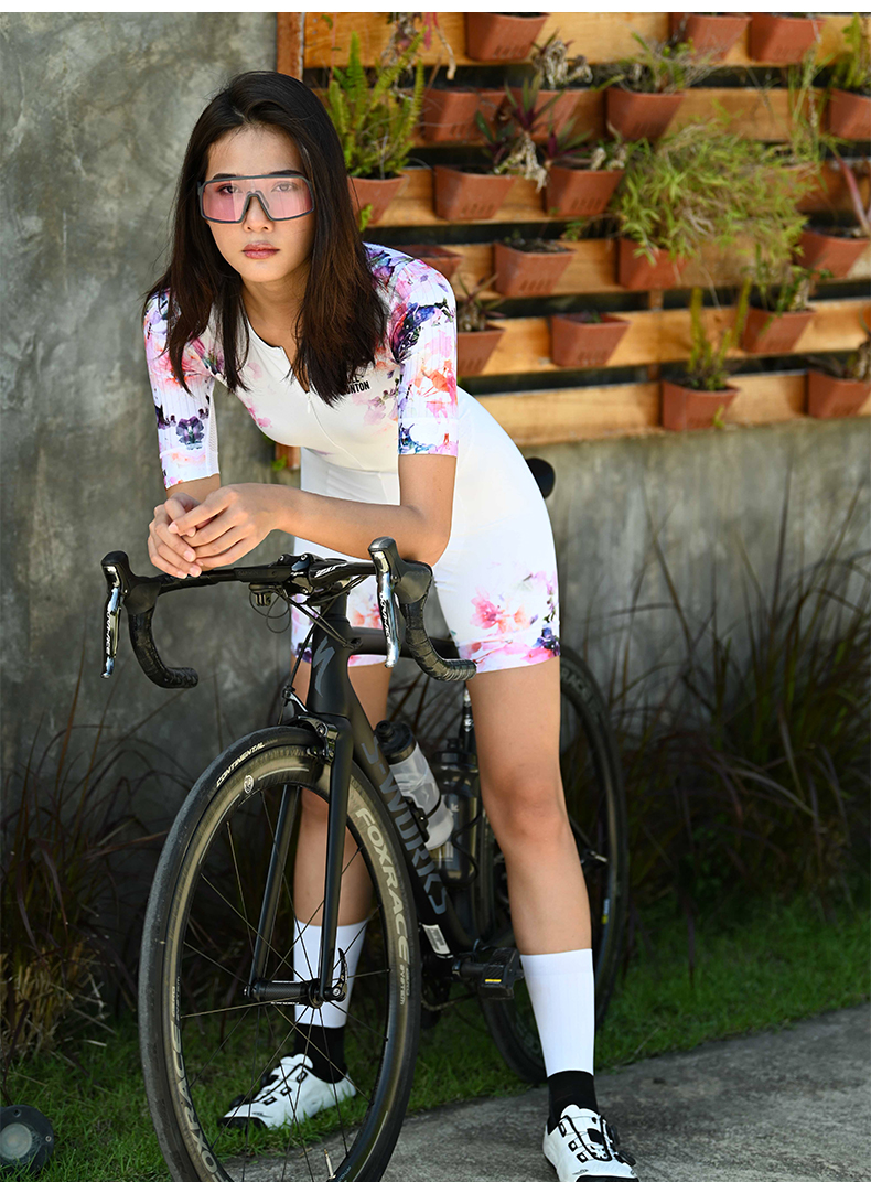 ladies cycling skinsuit