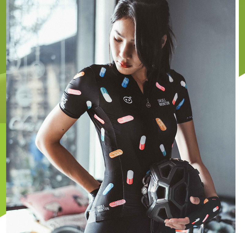 women's bicycle clothing