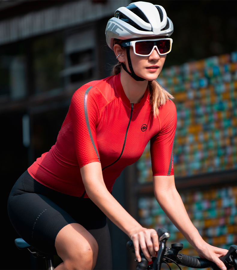 womens cycling clothing