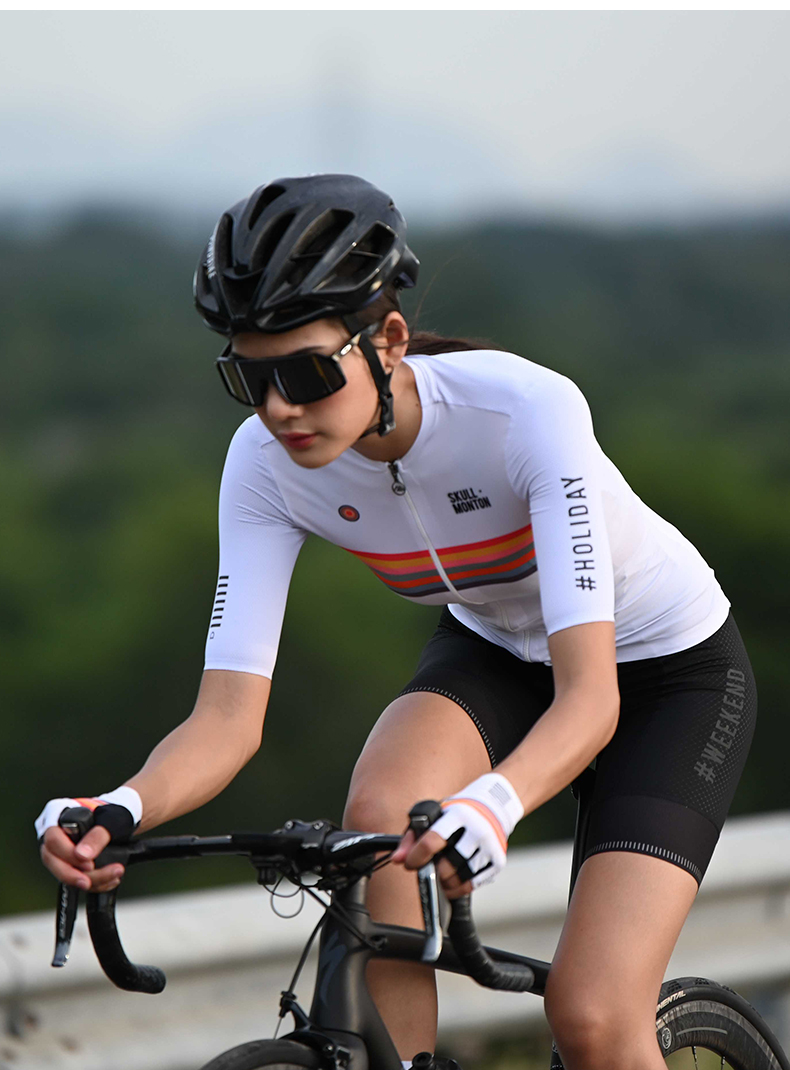 cool cycling clothes