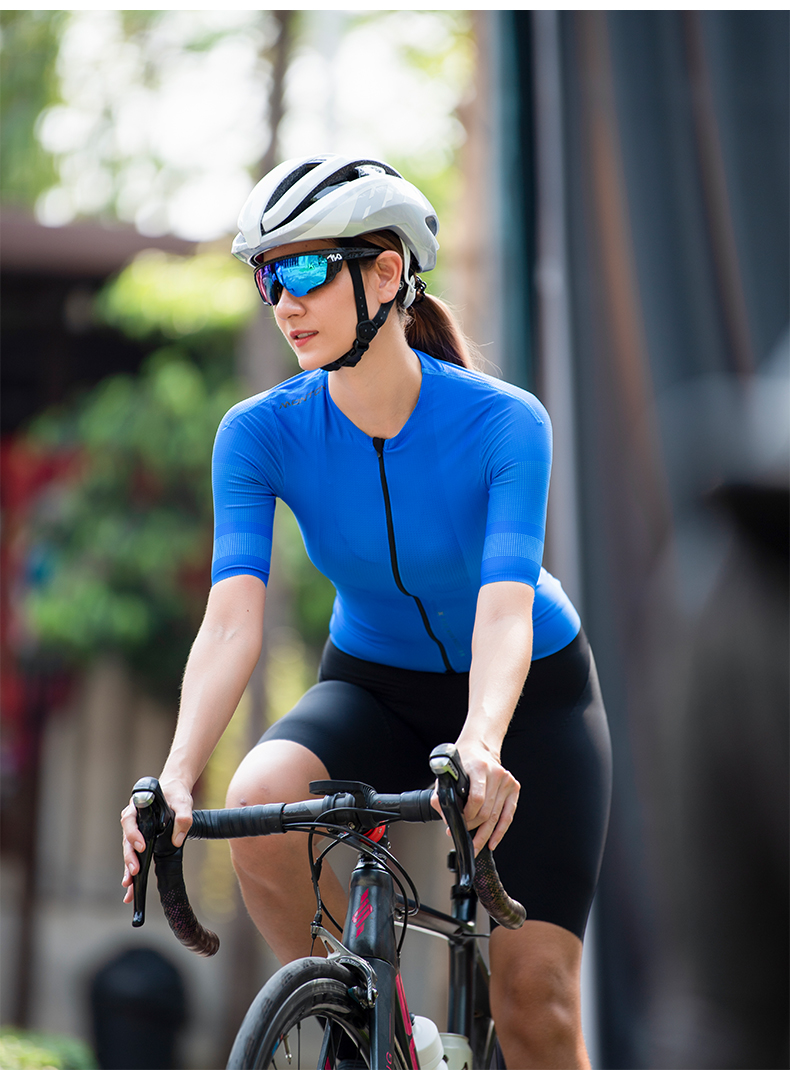 ladies cycling clothes